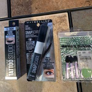 Maybelline eyeliner & mascara, shadow applicators